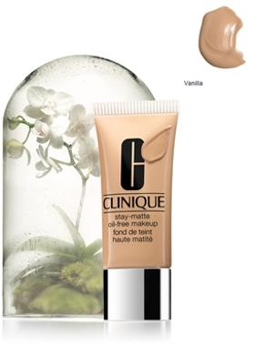 Clinique Stay Matte Oil Free Vanill Fondöten