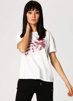 New Balance WTT3717 T-Shirt